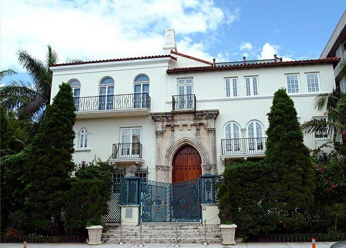 Villa Versace.jpg