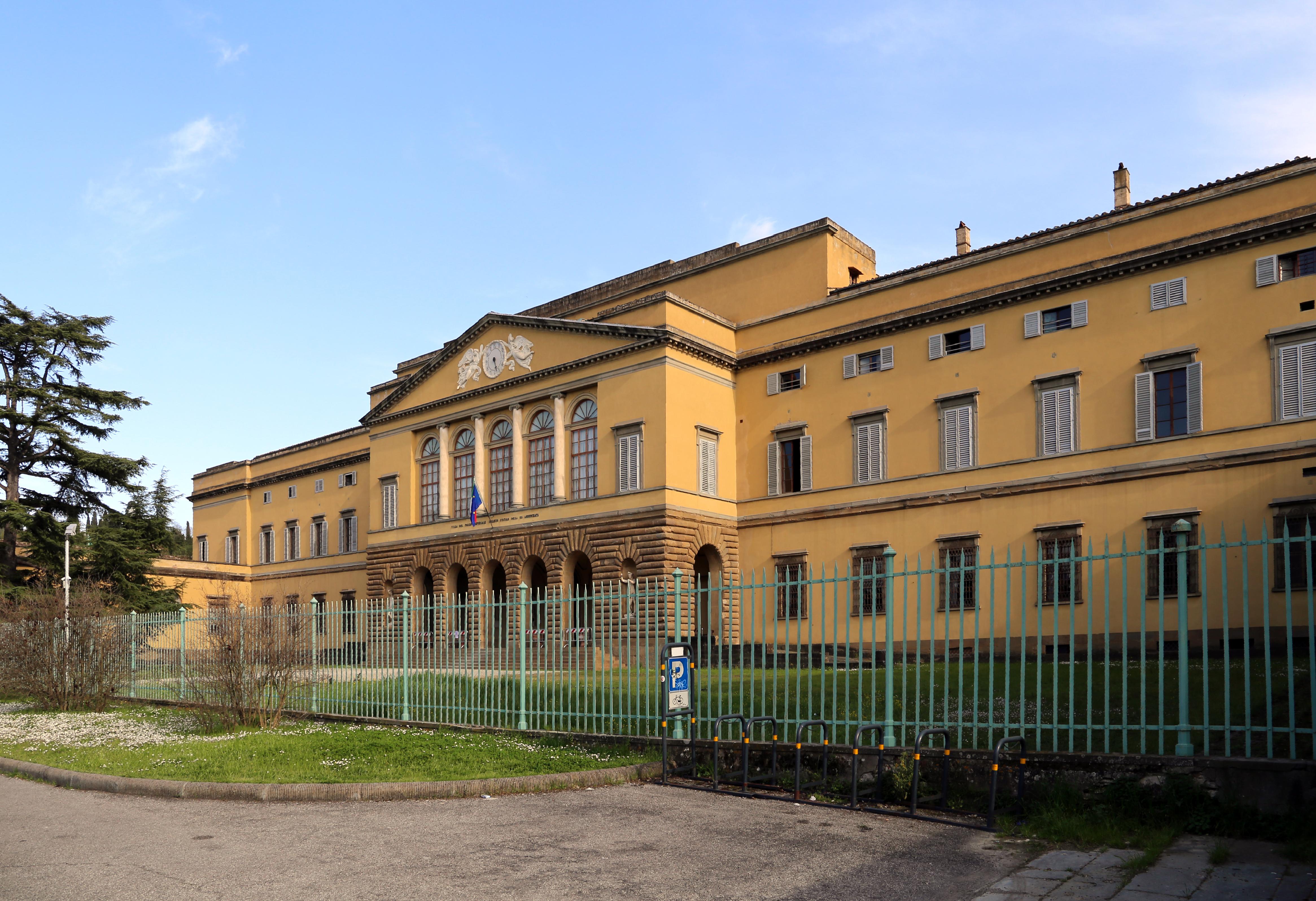File:Villa del poggio imperiale, esterno 06.jpg - Wikipedia