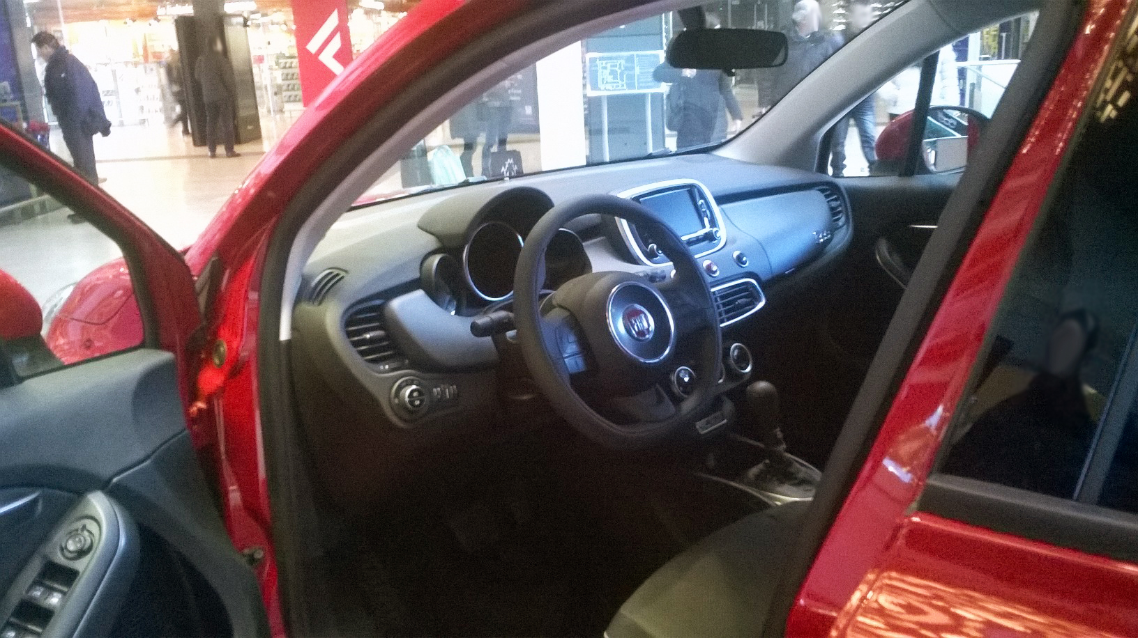 File 15 italy fiat 500x with open doors interior for 500x interior