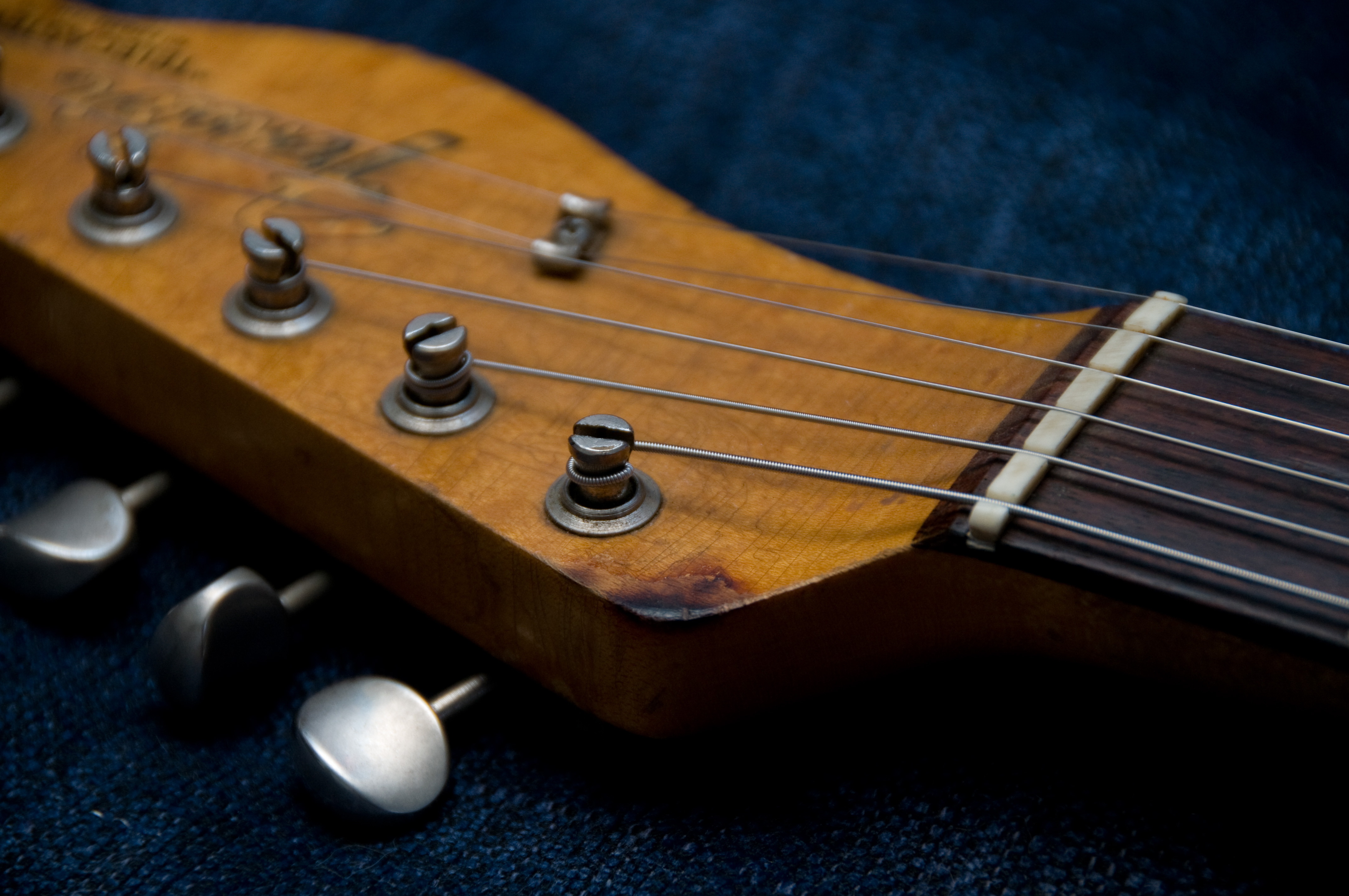 File:1966 Fender Telecaster (SN159266) headstock and browning.jpg ...
