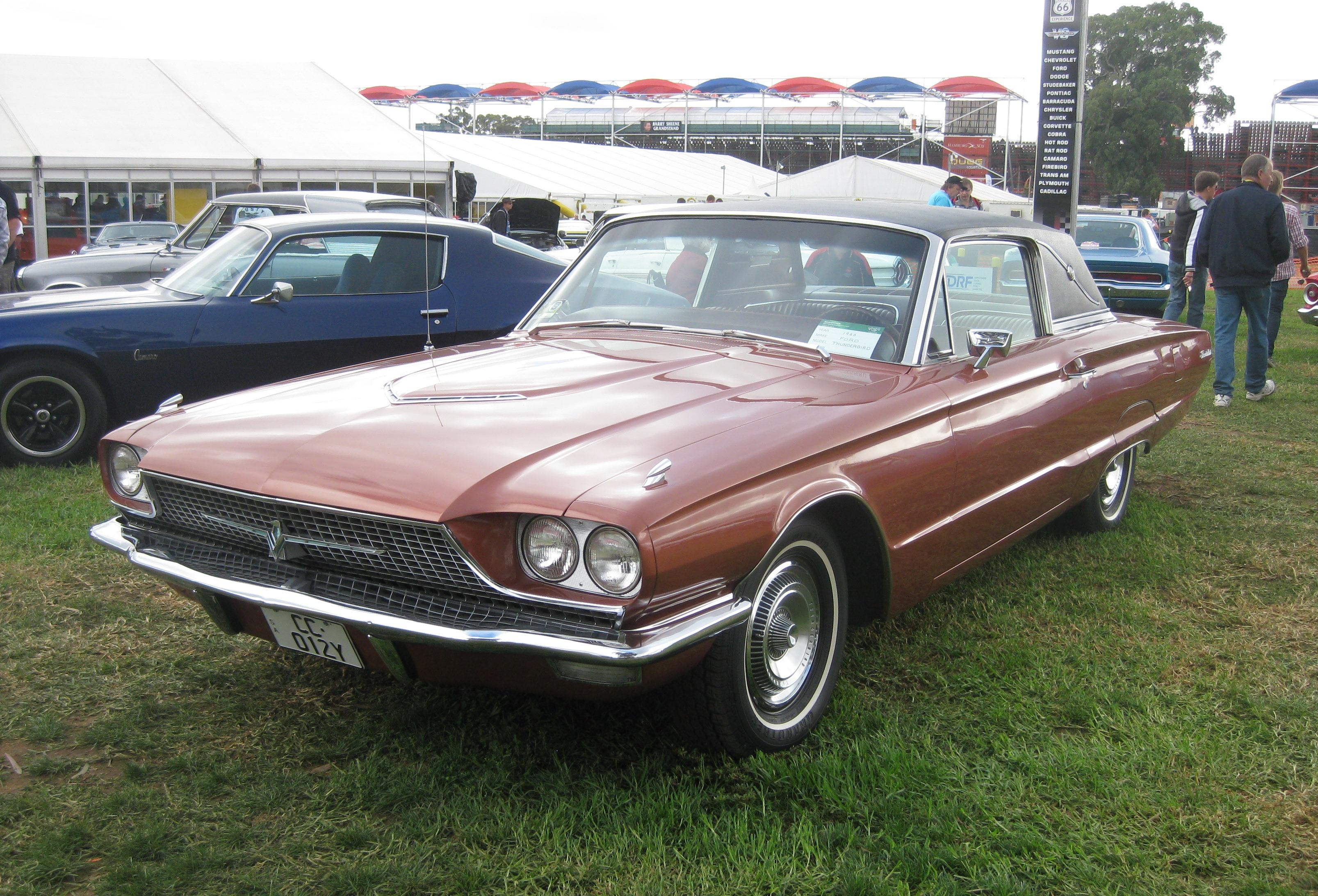 Ford Thunderbird (fourth generation) - Wikiwand
