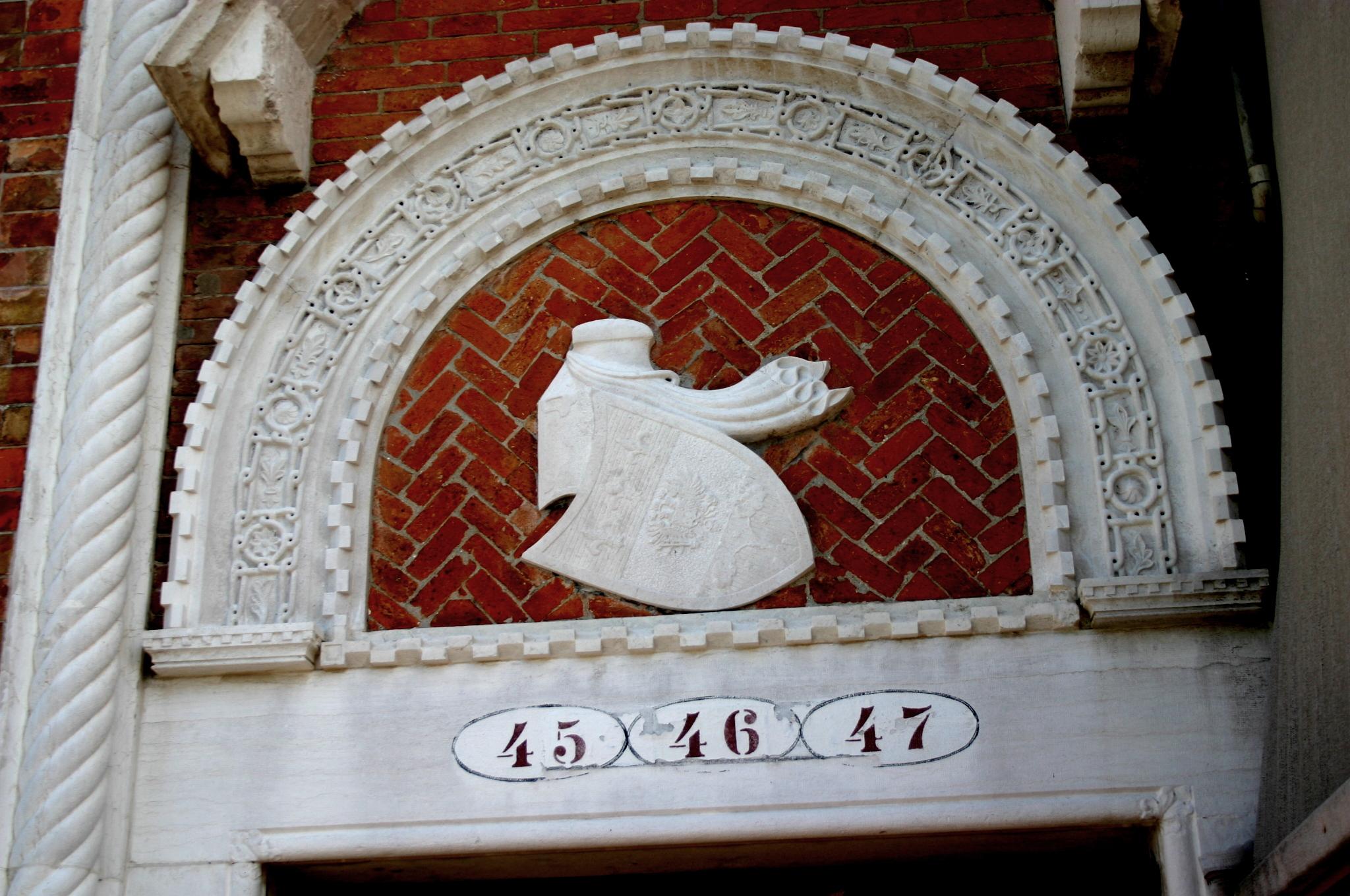 File 5841 venezia giudecca mario de maria casa dei for Casa revival gotica