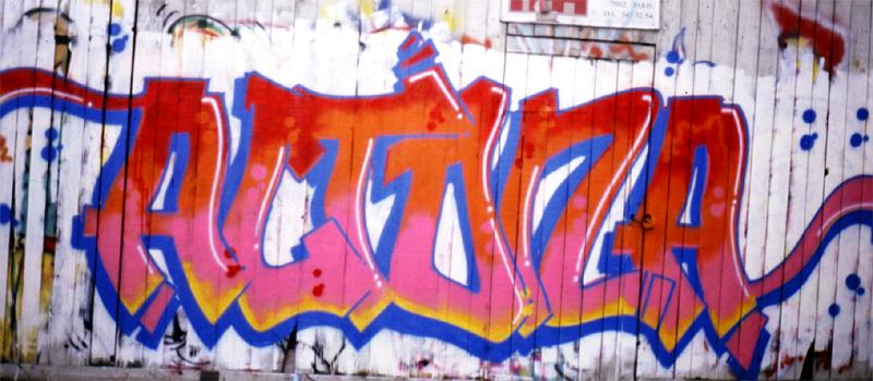 Street art a Parigi - Altona bando louvre paris jnl