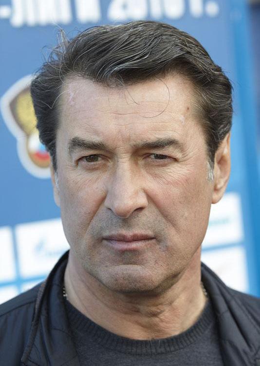 Anatoli Davydov salary