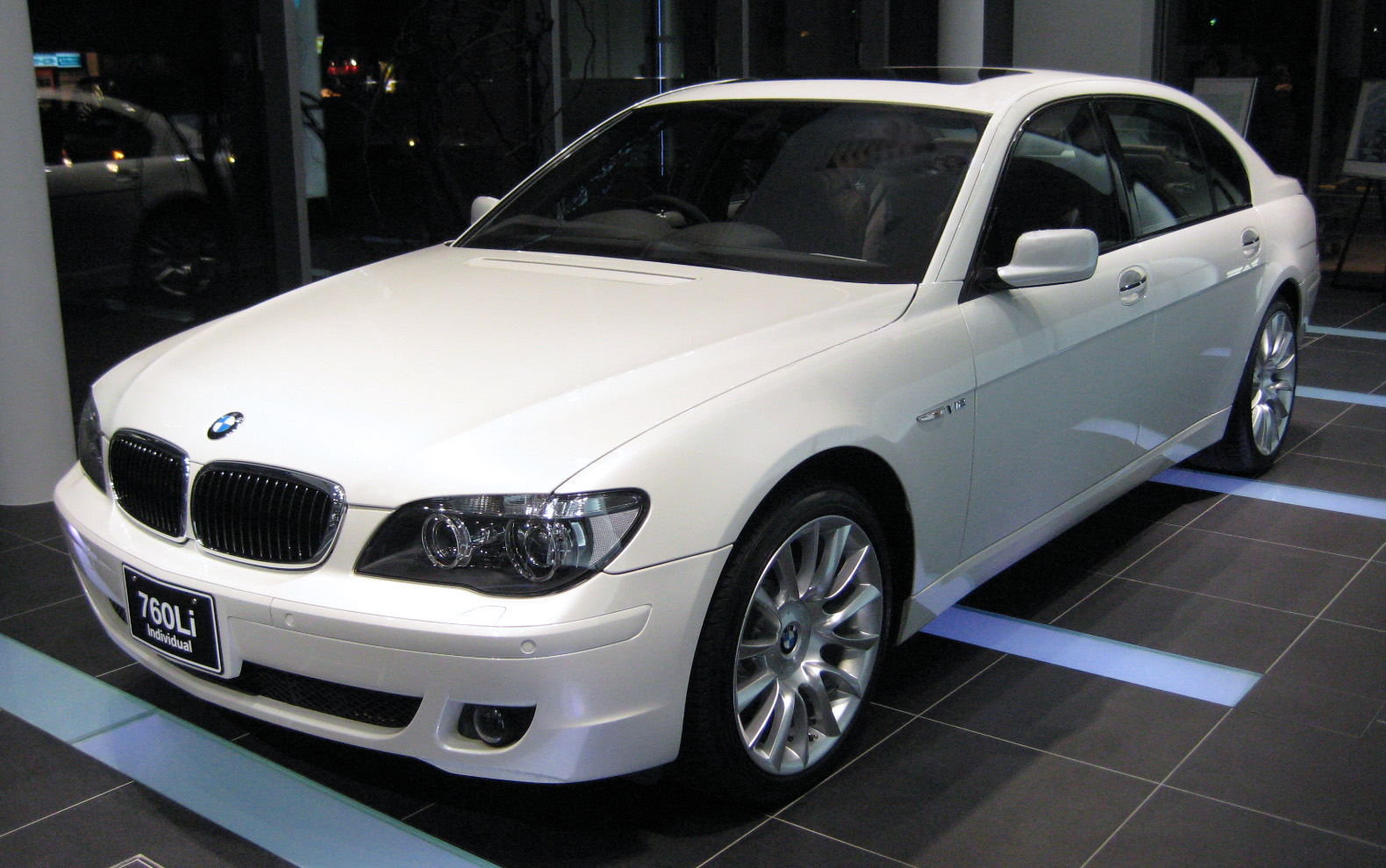 File Bmw E66 760li 01 Jpg Wikipedia