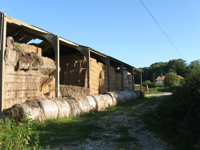File:Barn, Lower Standean - geograph.org.uk - 1455866.jpg