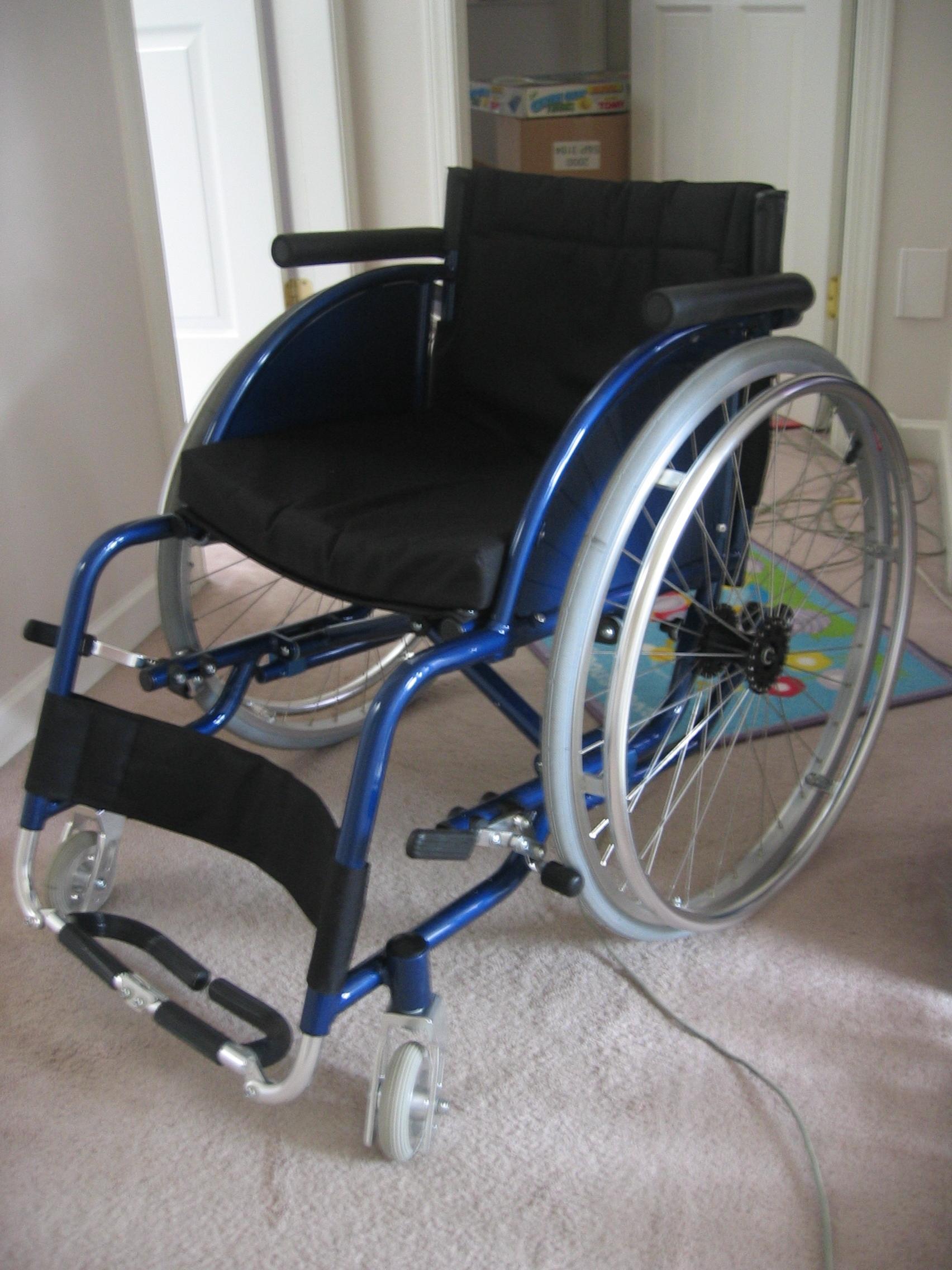 Walgreens Transport Chair Lightweight File:Blue-lightweight-wheelchair.jpg - Wikimedia Commons