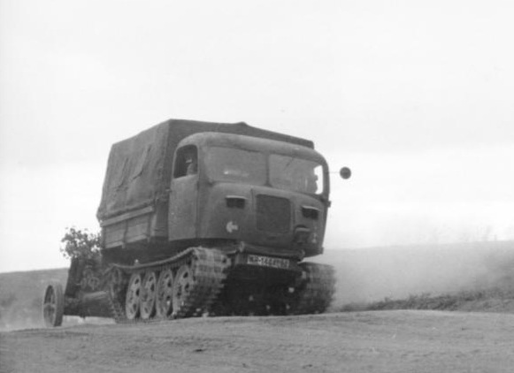 File:Bundesarchiv Bild 101I-022-2925-06, Russland, Raupenschlepper Ost.2.jpg