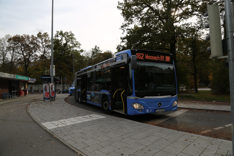 file:bus 162 munich - wikimedia commons