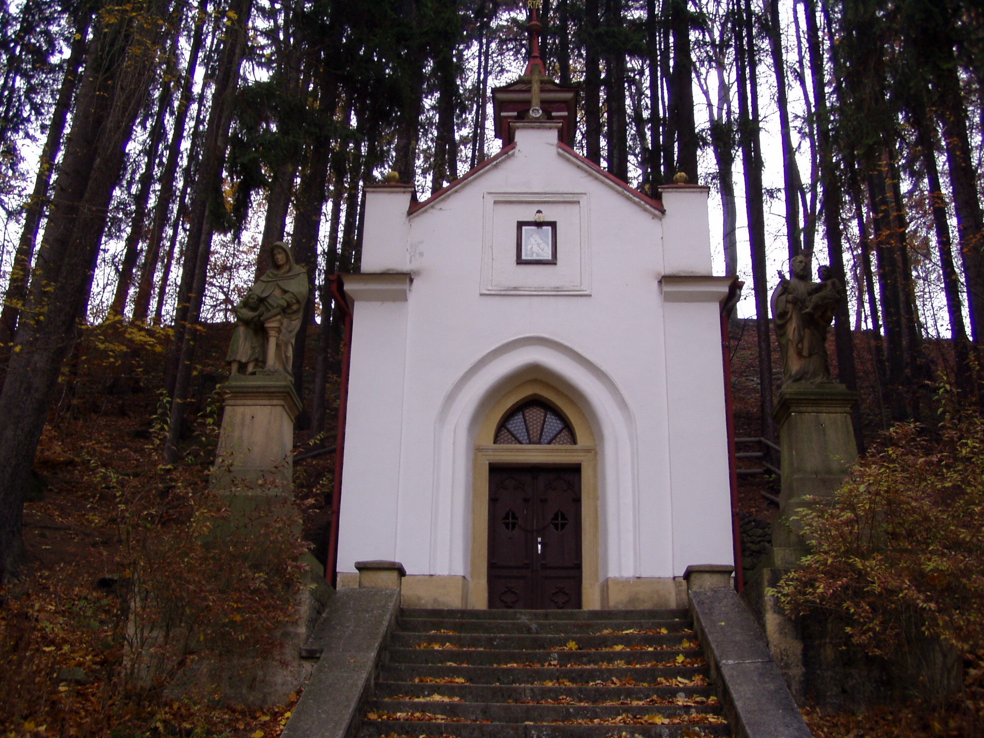 Soubor:Chapel of Our Lady of Lourdes (Suchý Důl).JPG – Wikipedie