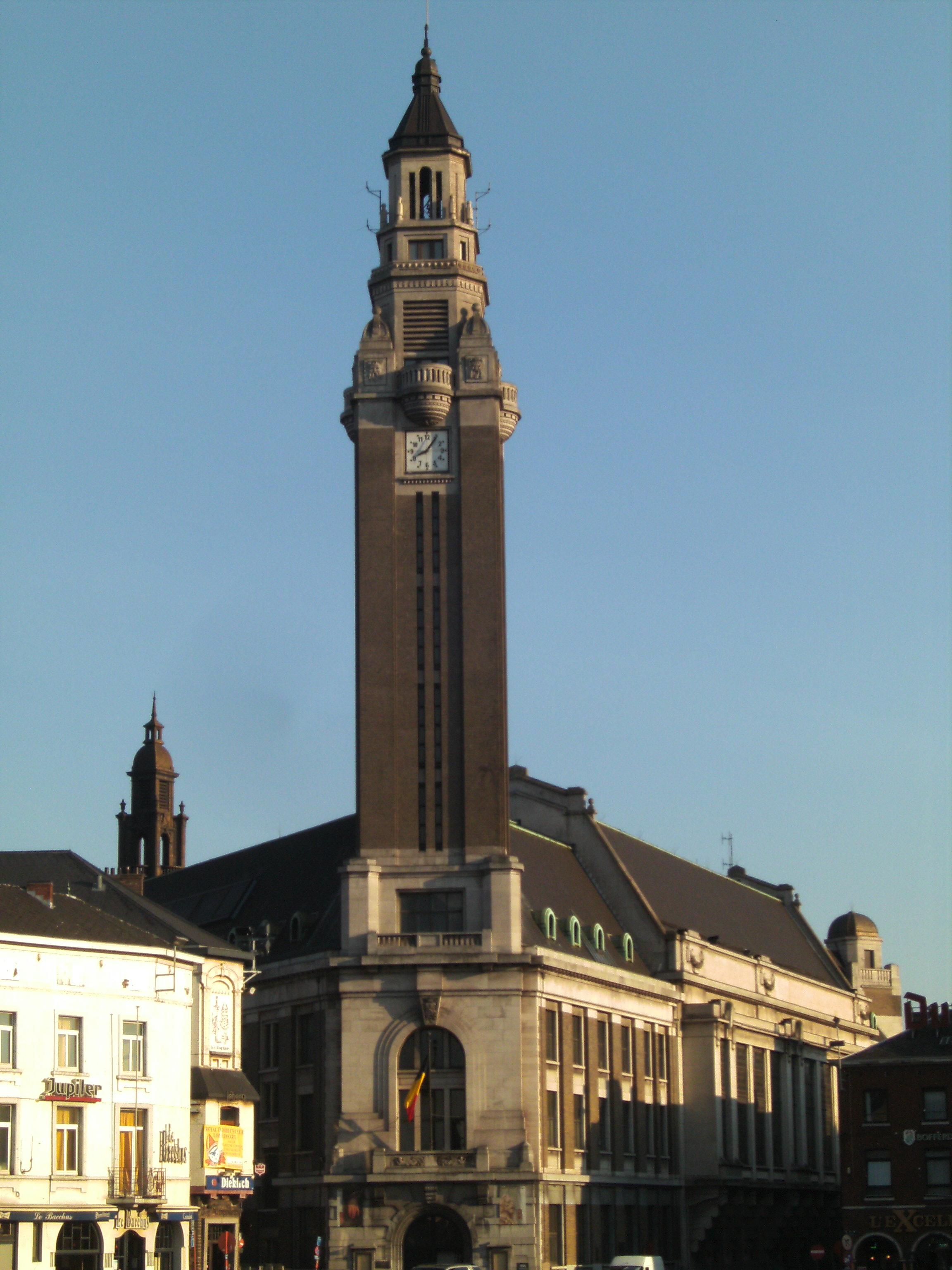 File charleroi h tel de ville wikimedia for Bruxelles piscine