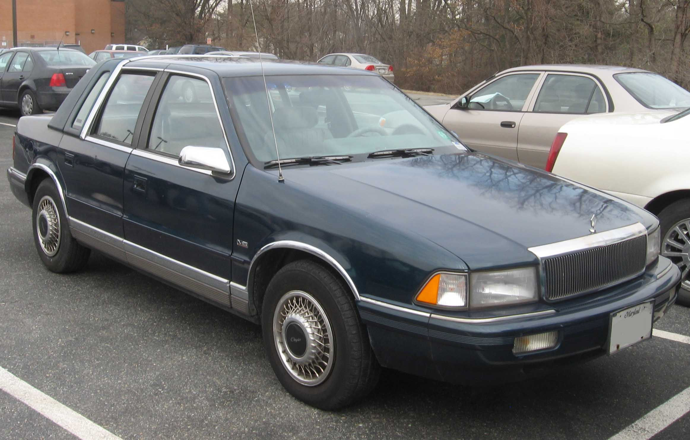 File Chrysler Lebaron Sedan Jpg Wikimedia Commons