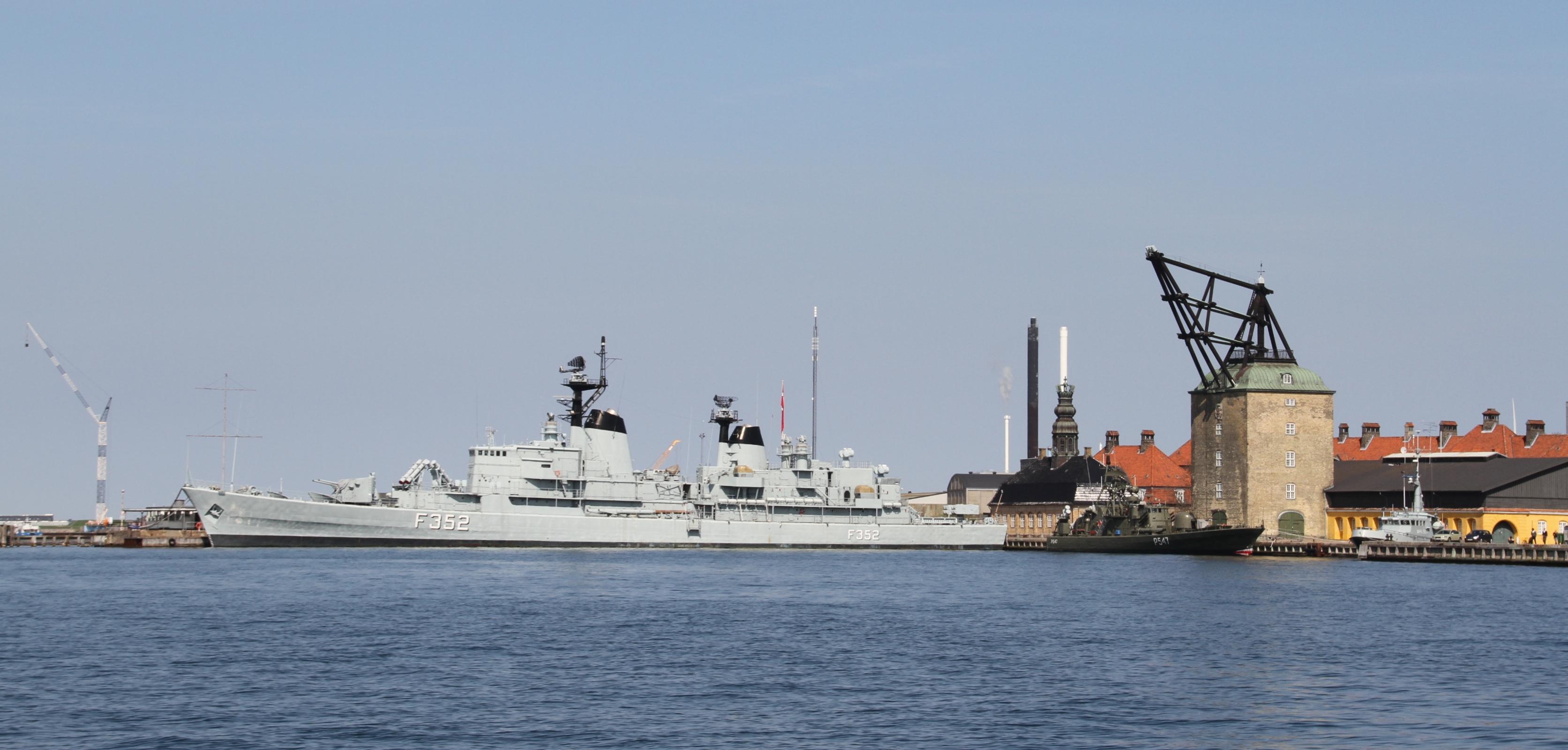 Filecopenhagen Museum Warships Peder Skram And Sehested Img 5503