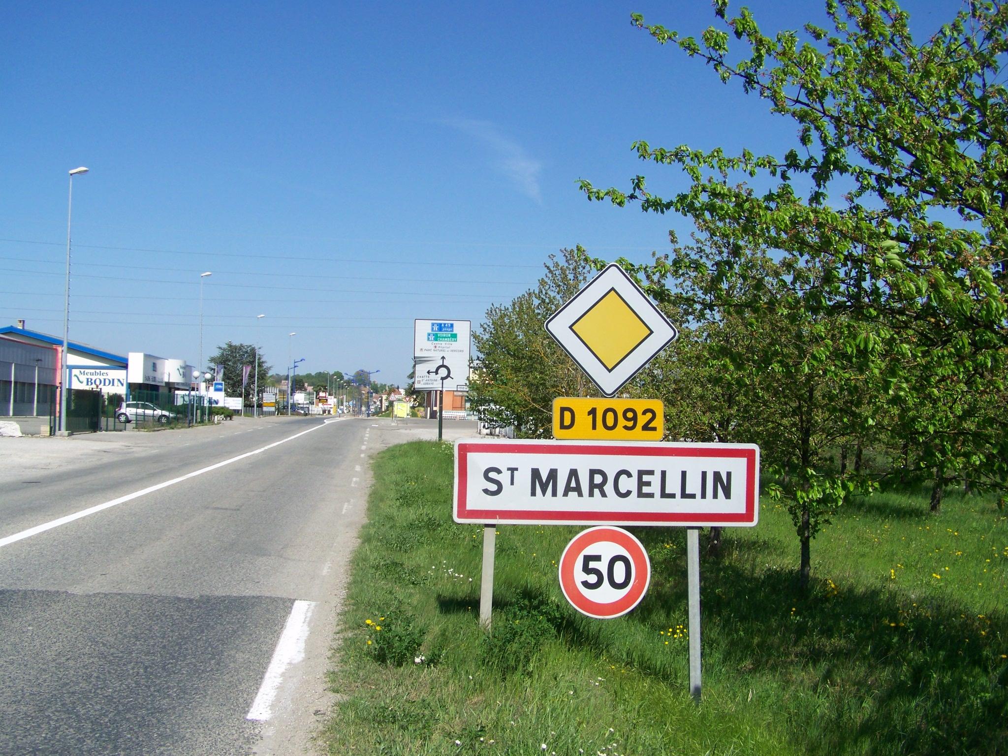 LE BON NUMERO - Page 9 D_1092_-_Saint-Marcellin_%28Is%C3%A8re%29