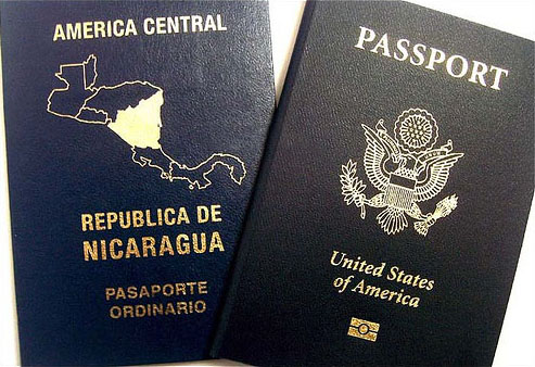 Two Passports By LaNicoya- (http://www.flickr.com/photos/lanicoya_/1721626888/) [CC BY 2.0 (http://creativecommons.org/licenses/by/2.0)], via Wikimedia Commons