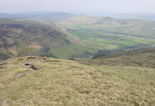 Edale from Grindslow Knoll - geograph.org.uk - 2369