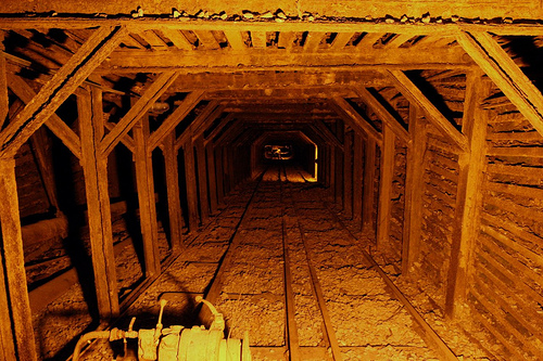 File:Empire mine shaft.jpg