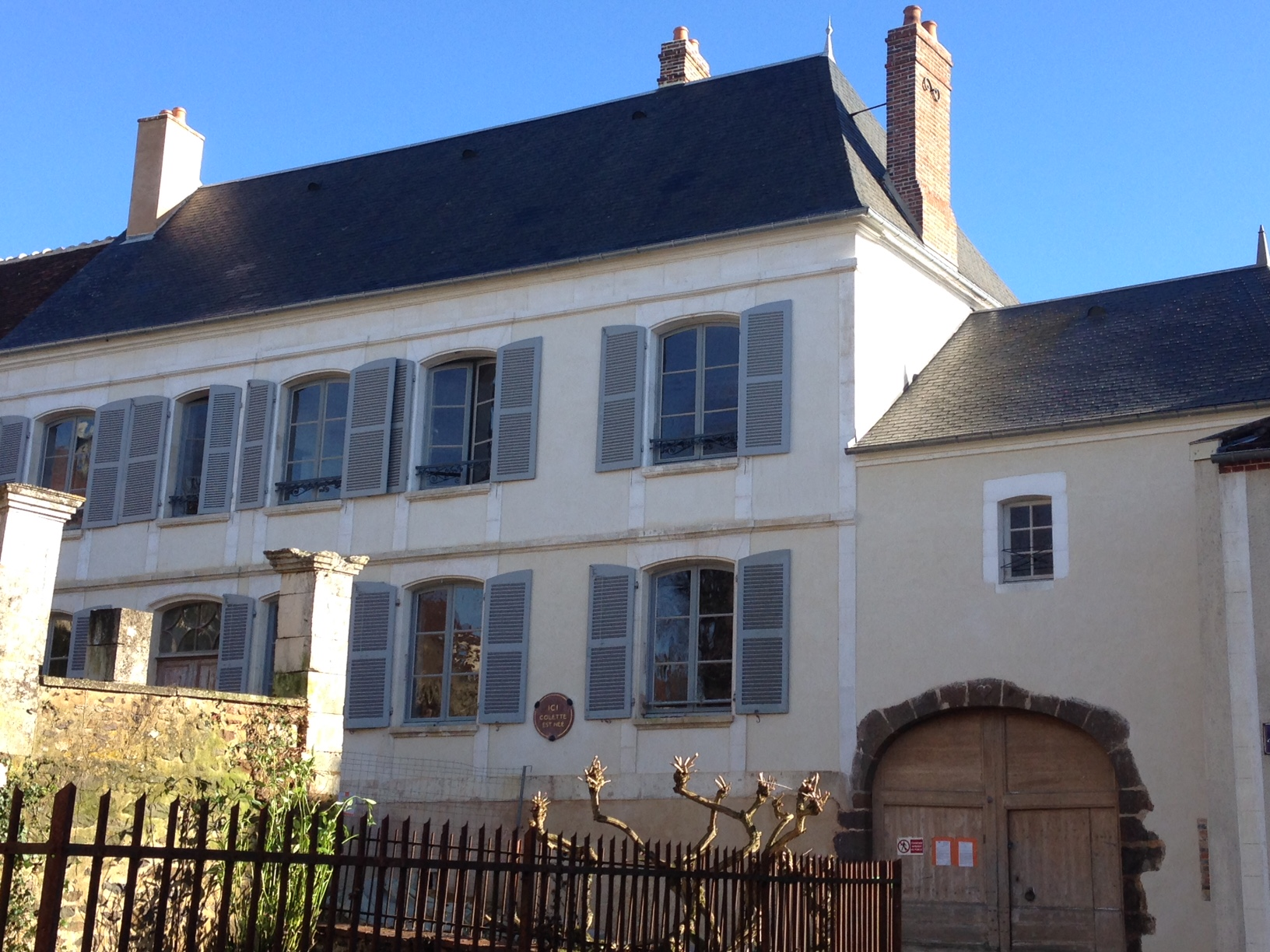 Datei:Facade maison de colette DR.jpg – Wikipedia