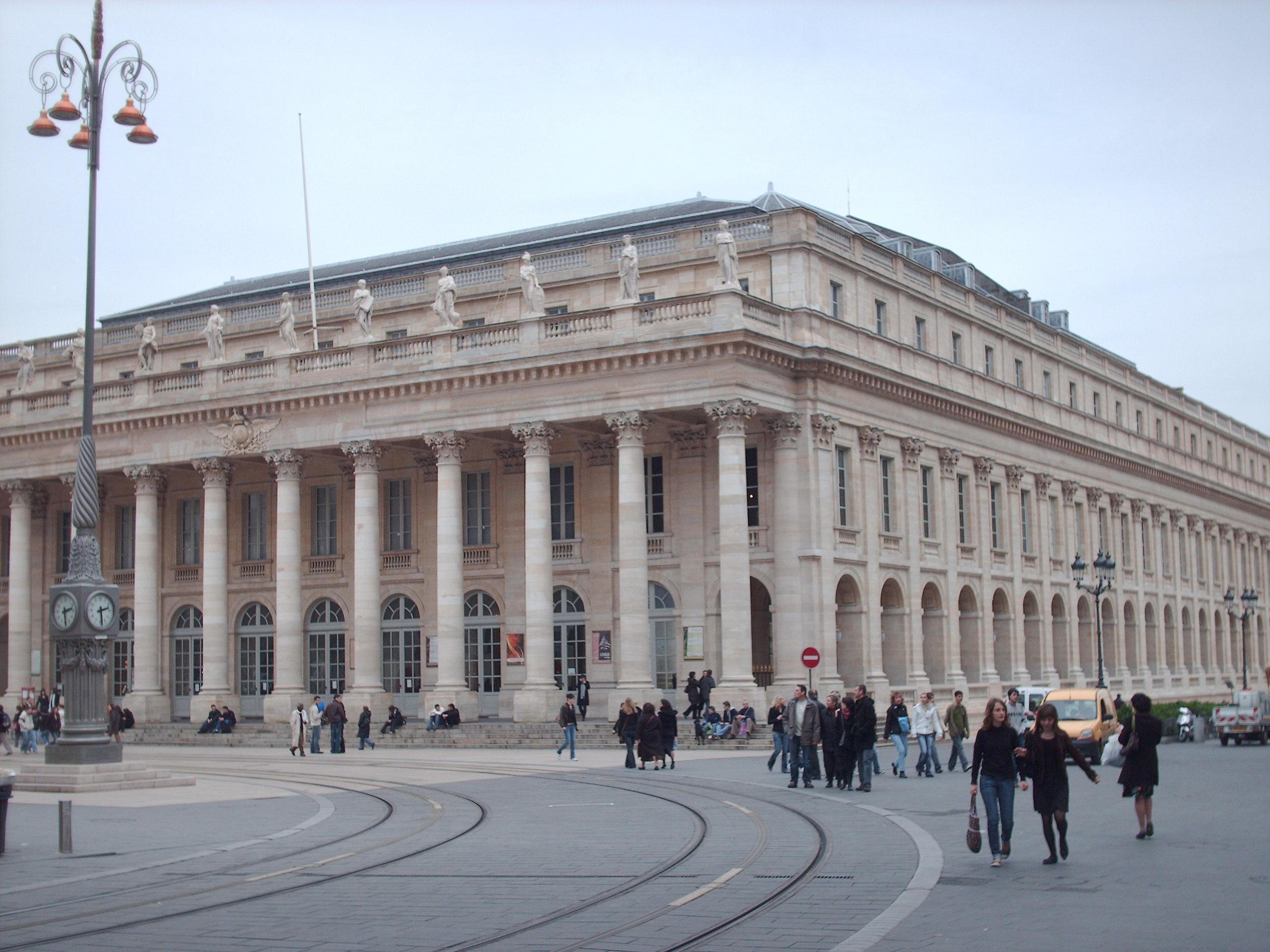 meilleure sélection 41439 1a856 Bordeaux – Travel guide at Wikivoyage