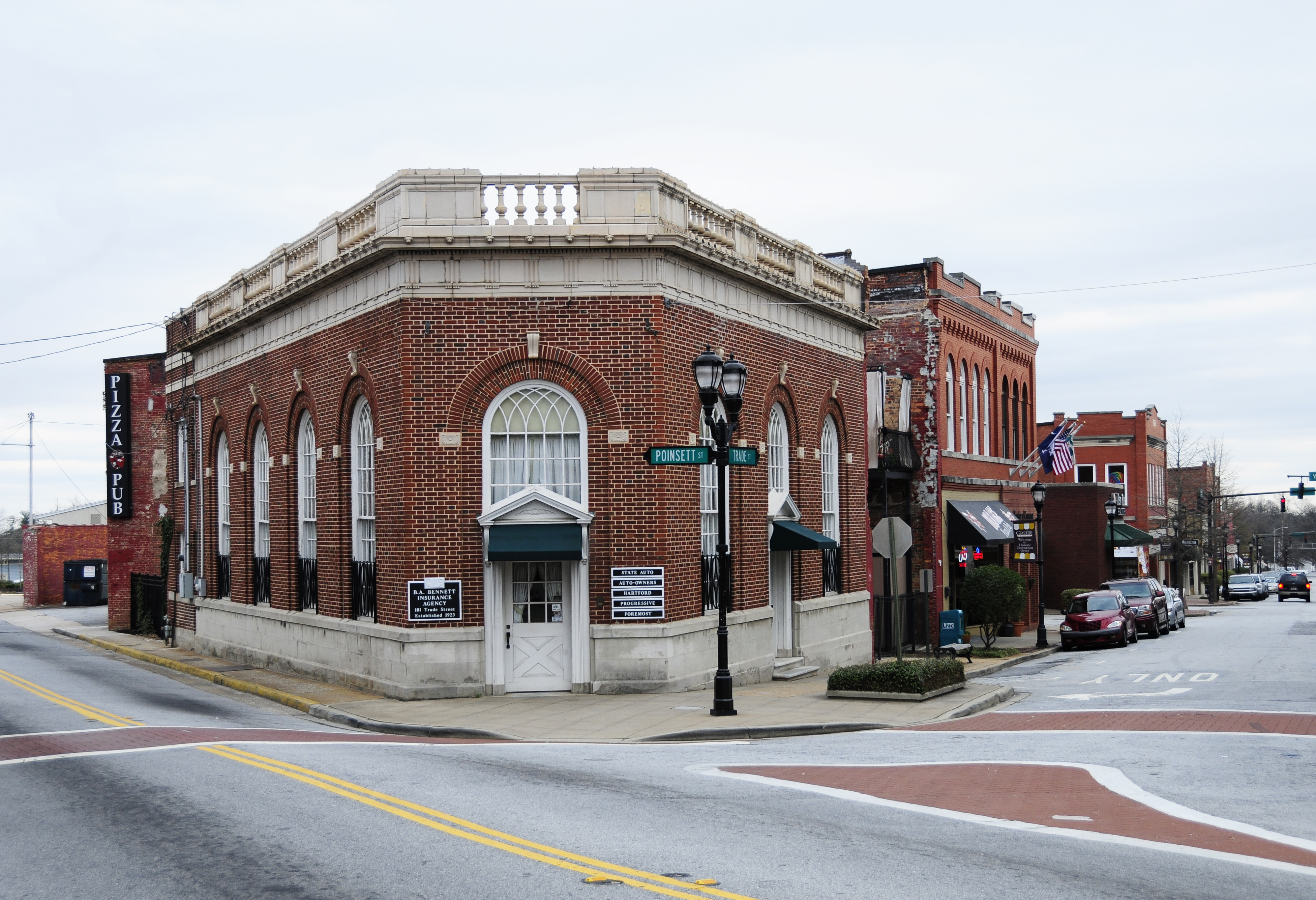 Greer downtown historic district wikiwand for Home builders greer sc