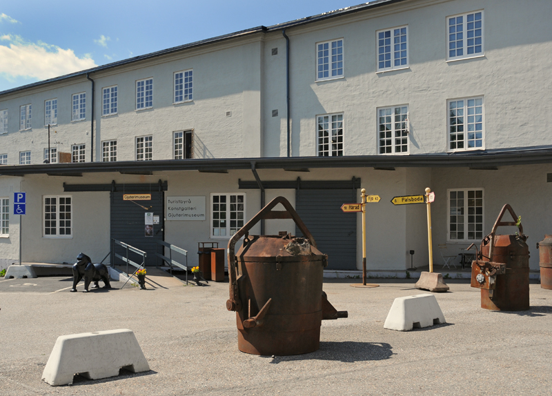 Nyinflyttade p Hlleforsns haga, Hlleforsns | unam.net