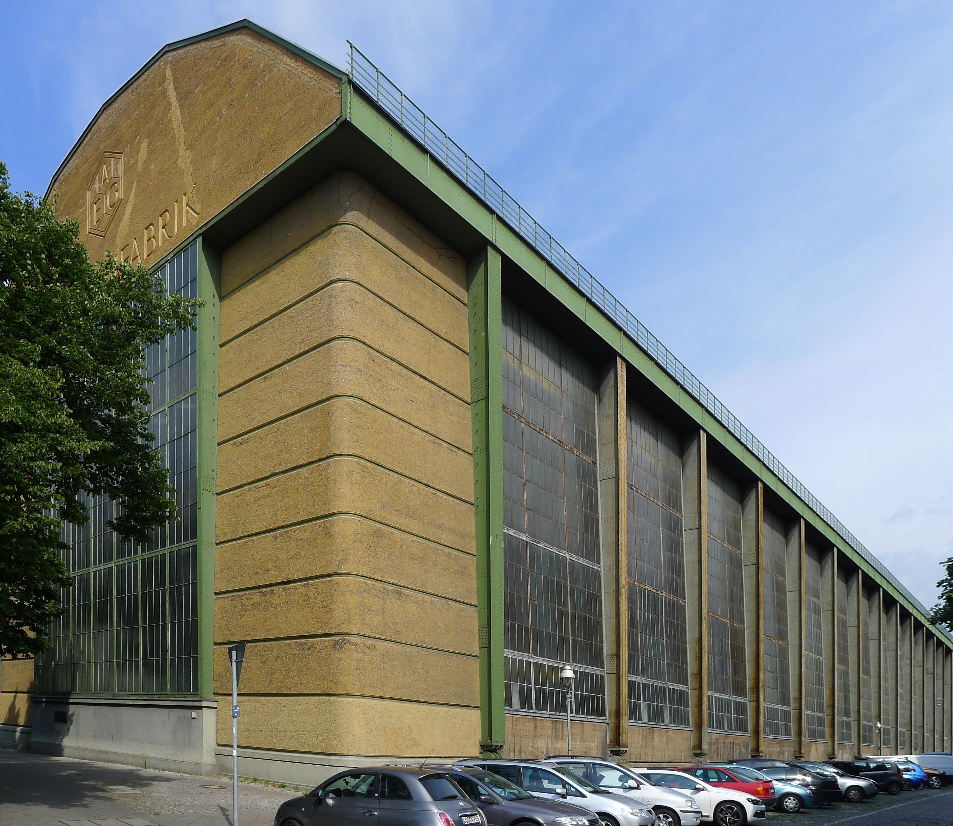 File huttenstra e 12 16 alte turbinenhalle berlin moabit for Peter behrens aeg turbine factory