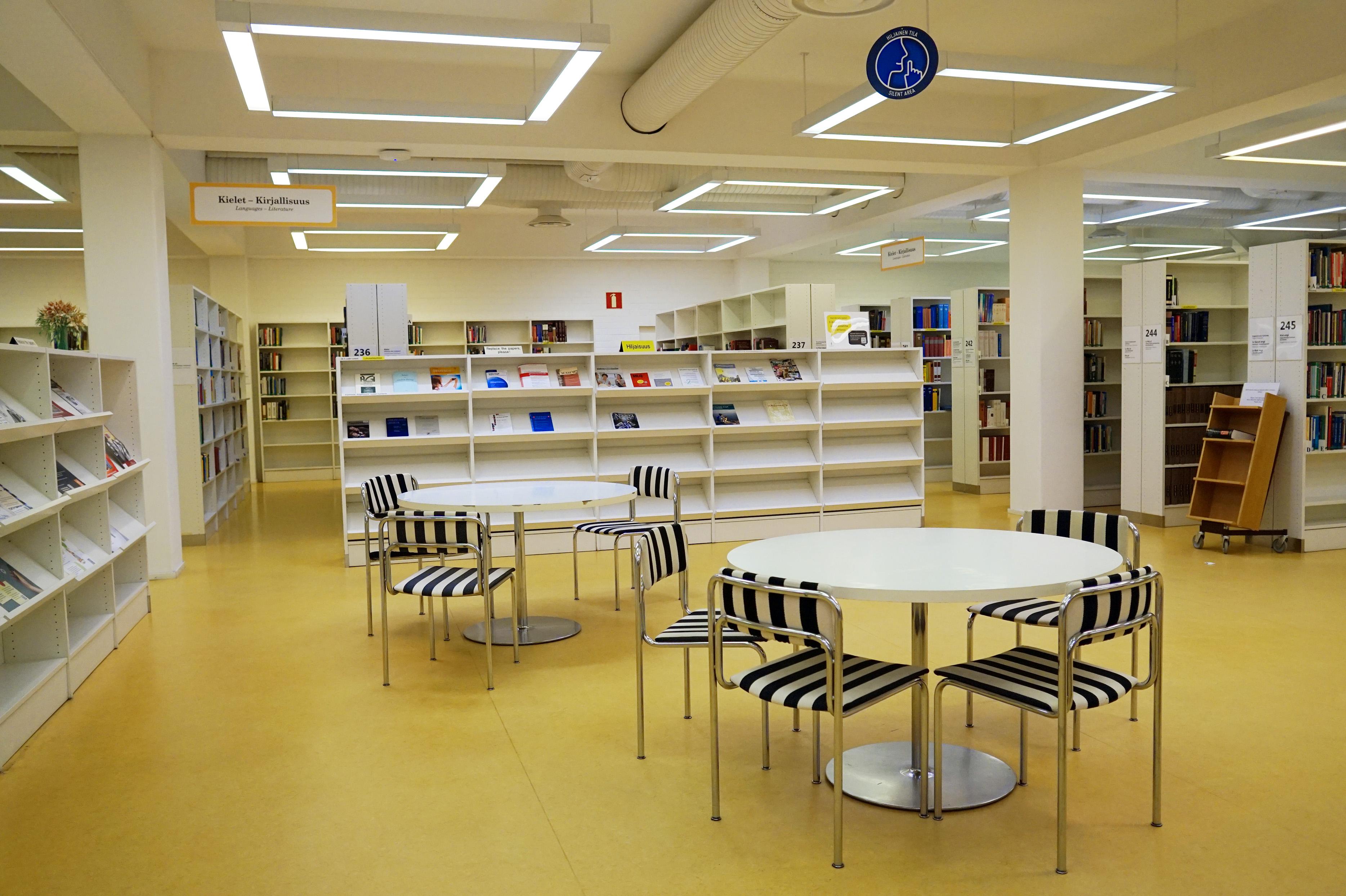 Jyväskylä University Library 3.jpg