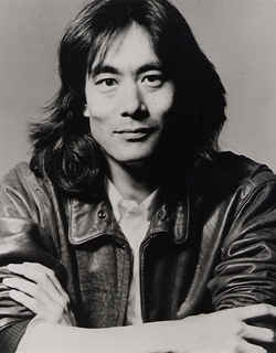 http://upload.wikimedia.org/wikipedia/commons/2/24/Kent_Nagano.jpg