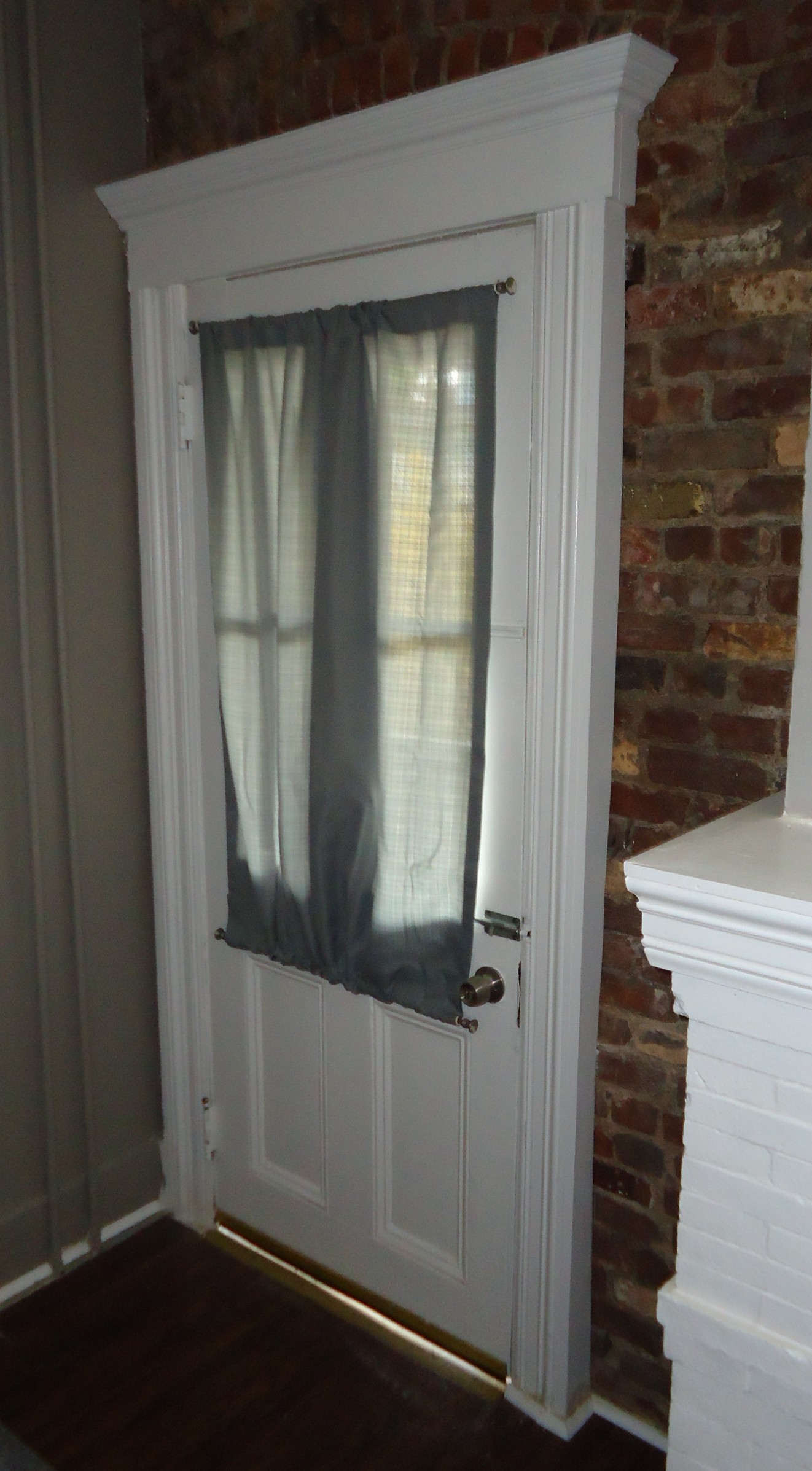 File Kitchen Renovation Project Curtain Added To Exterior Door Windows Jpg