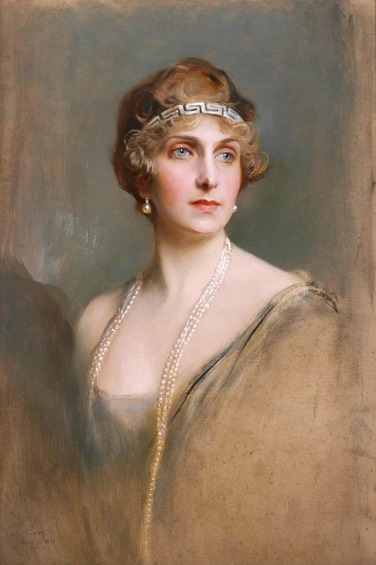 Retratando a la realeza y aristocracia : Phillip Alexius de Laszlo Laszlo_-_Queen_of_Spain1920