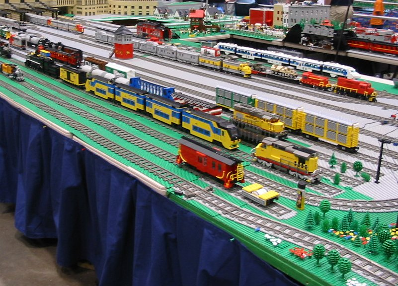 file lego train layout at national train show 2005 jpg