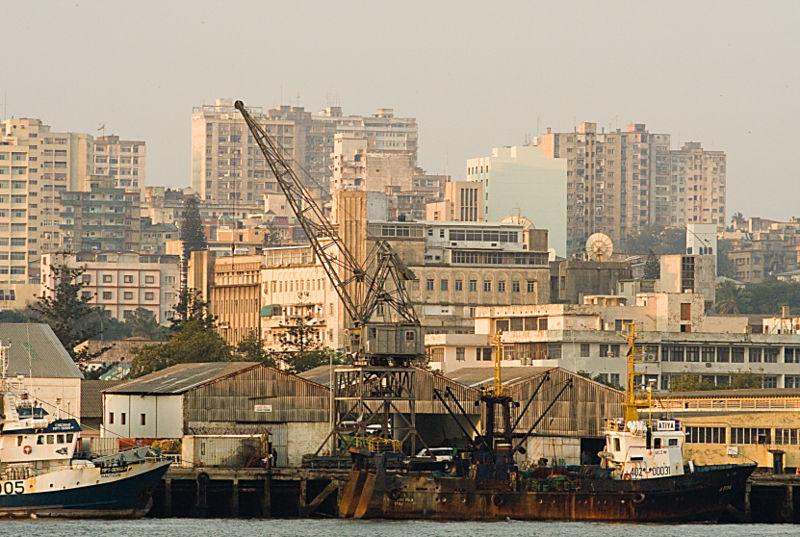 File:Maputo harbour.jpg