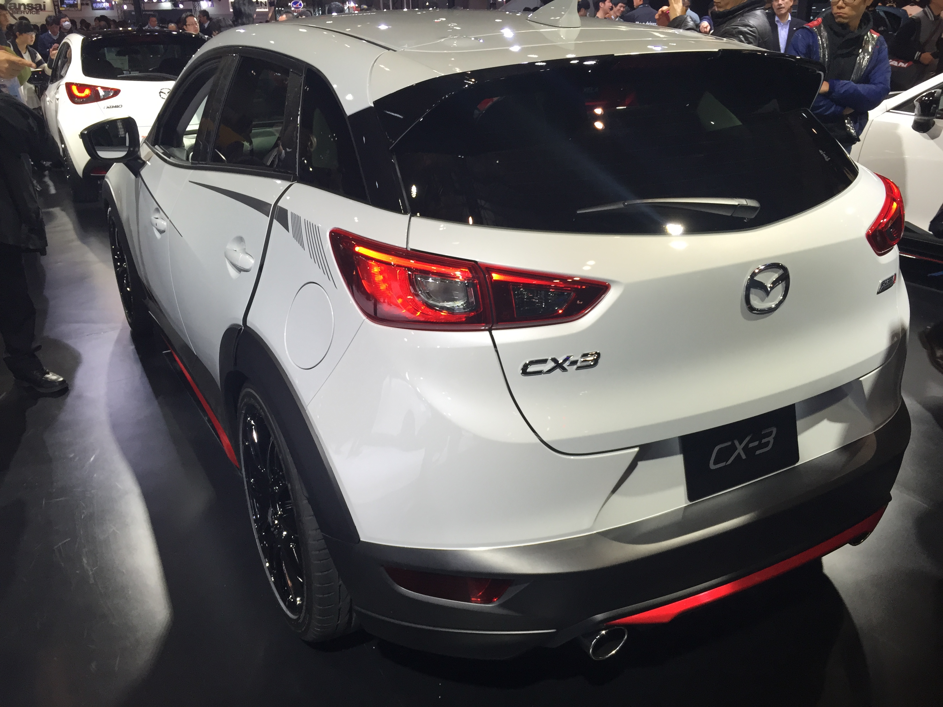 file mazda cx 3 racing concept rear tokyo auto salon wikimedia commons. Black Bedroom Furniture Sets. Home Design Ideas