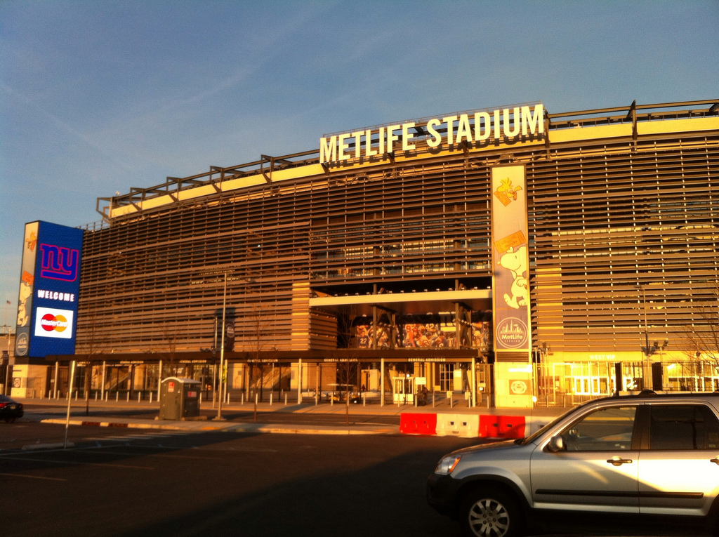 cheap for discount 995c1 a194e MetLife Stadium - Wikipedia
