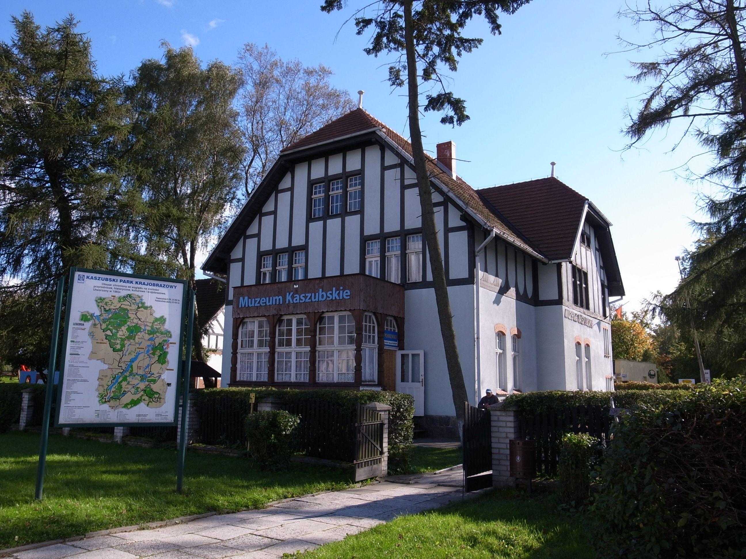Muzeum Kaszubskie,Kaschubisches Museum Kartuzy.jpg