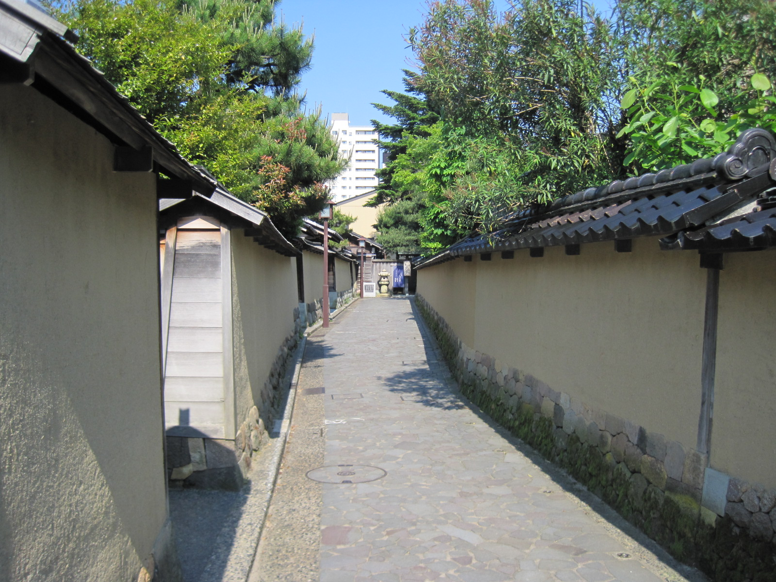 kanazawa buddhist singles How to visit 14 unesco world heritage sites with the 14-day jr pass november 30, 2017 by lily crossley-baxter  with a single complex made of over 100 buildings including two shrines.