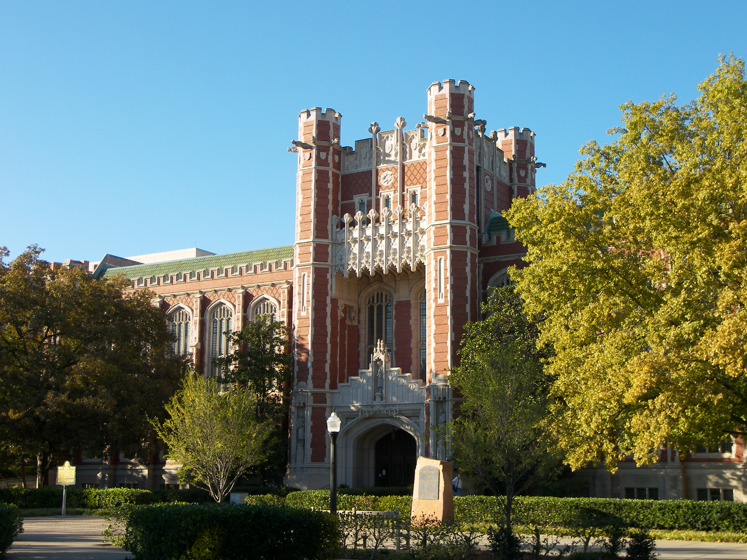 The Bizzell Library on the University of Oklah...