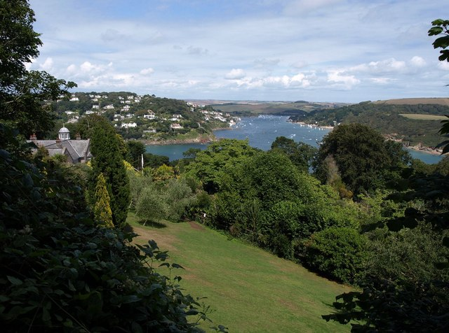 Overbeck's and view of Salcombe-geograph-2547578