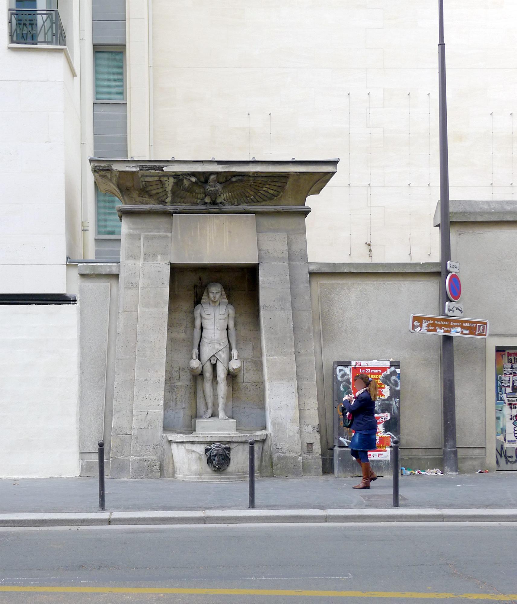 File:P1240832 Paris VII rue de Sevres fontaine du Fellah rwk.jpg ...