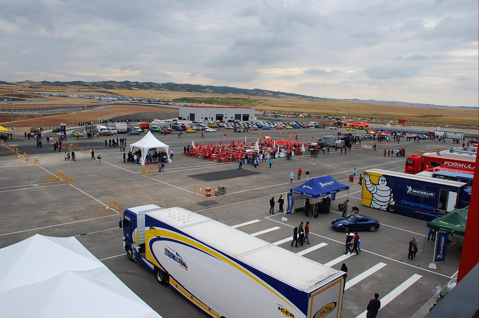 Circuito Navarra : Archivo paddock del circuito de navarra dsc w g