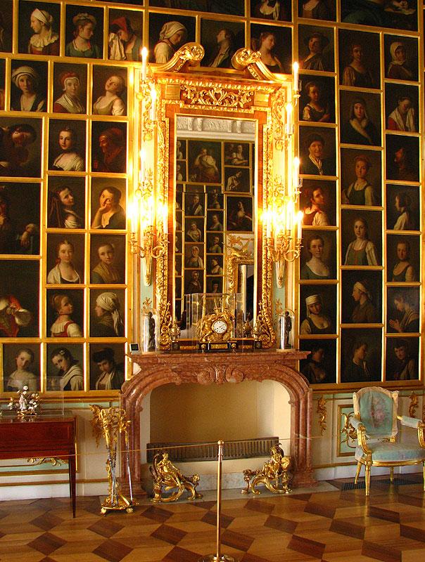 Russian Palace Walls Paintings
