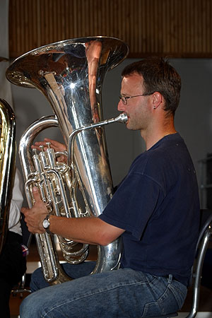 tuba — Wiktionnaire