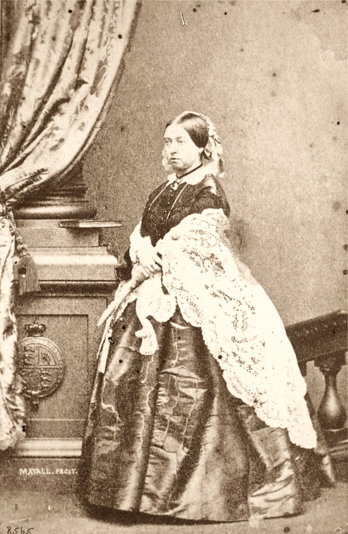 One Of The First Cartes De Visite Queen Victoria Taken By Photographer John Jabez Edwin Mayall