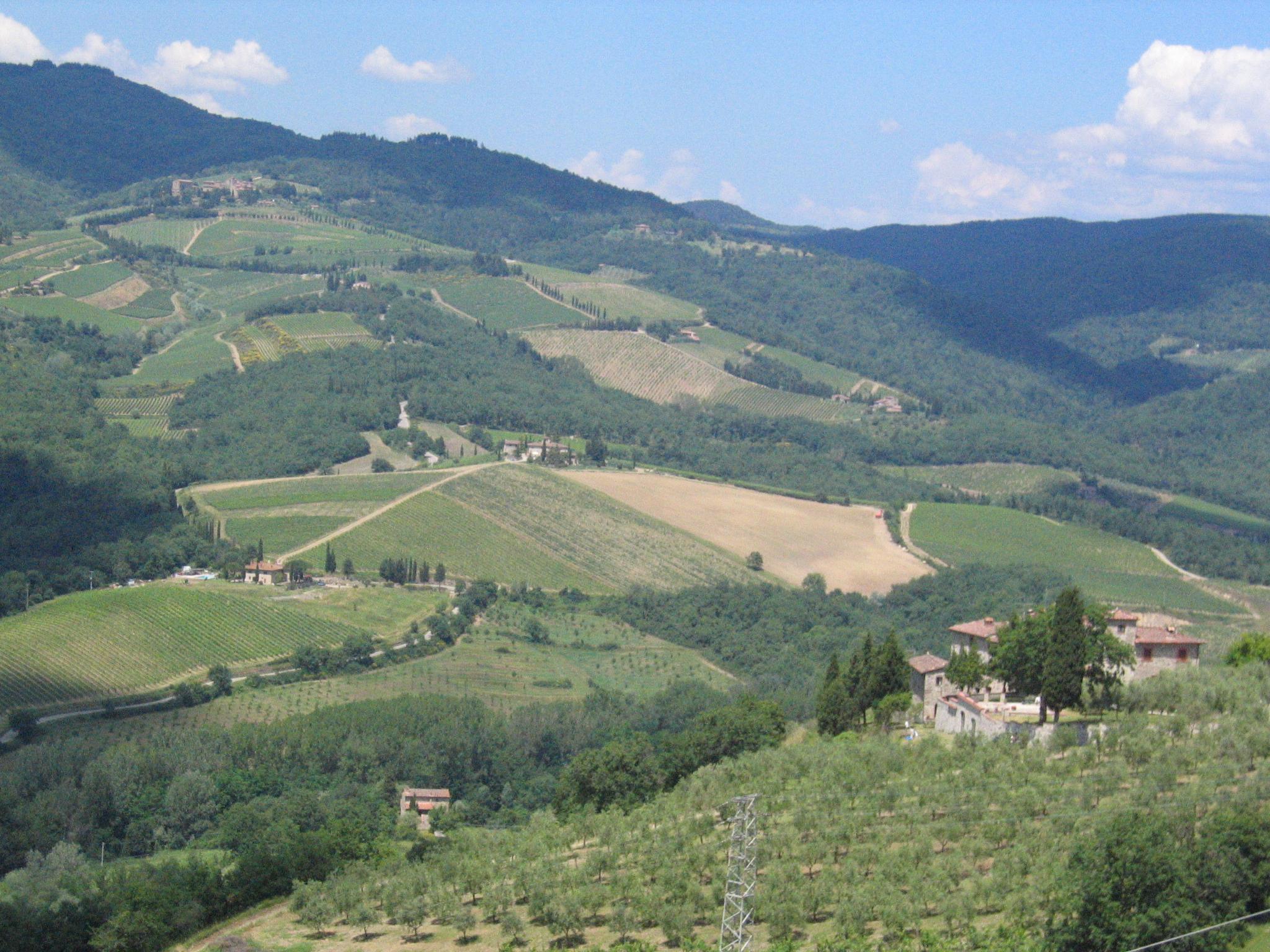 Radda in Chianti Italy  city images : Radda, Tuscany views 2008 Wikimedia Commons