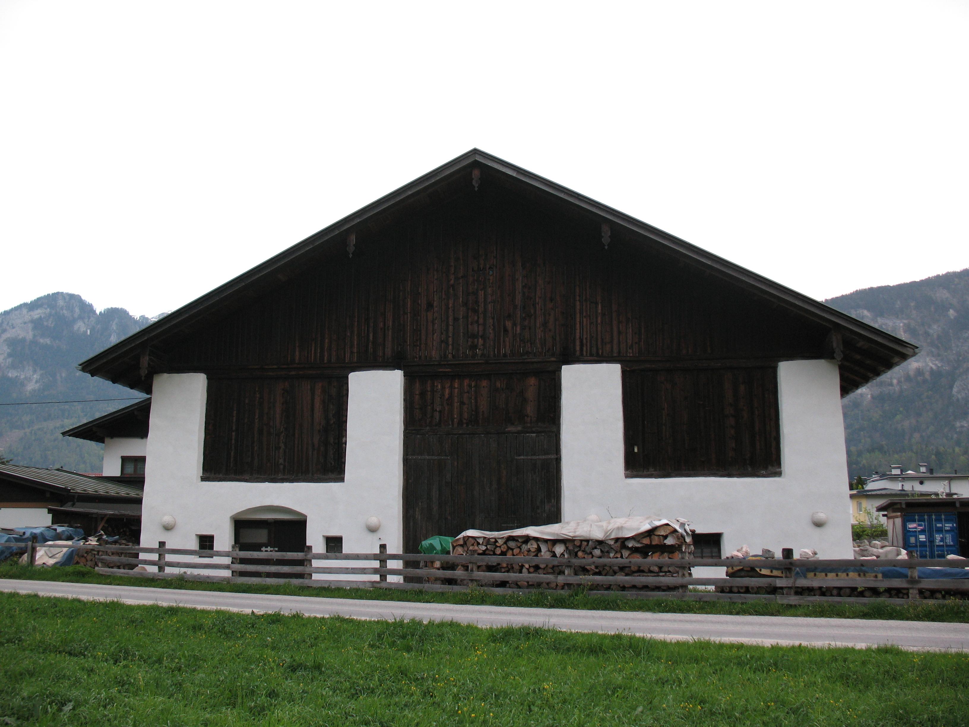 Piffer Ludwig GmbH, 6241 Radfeld, Gabelstapler   HEROLD