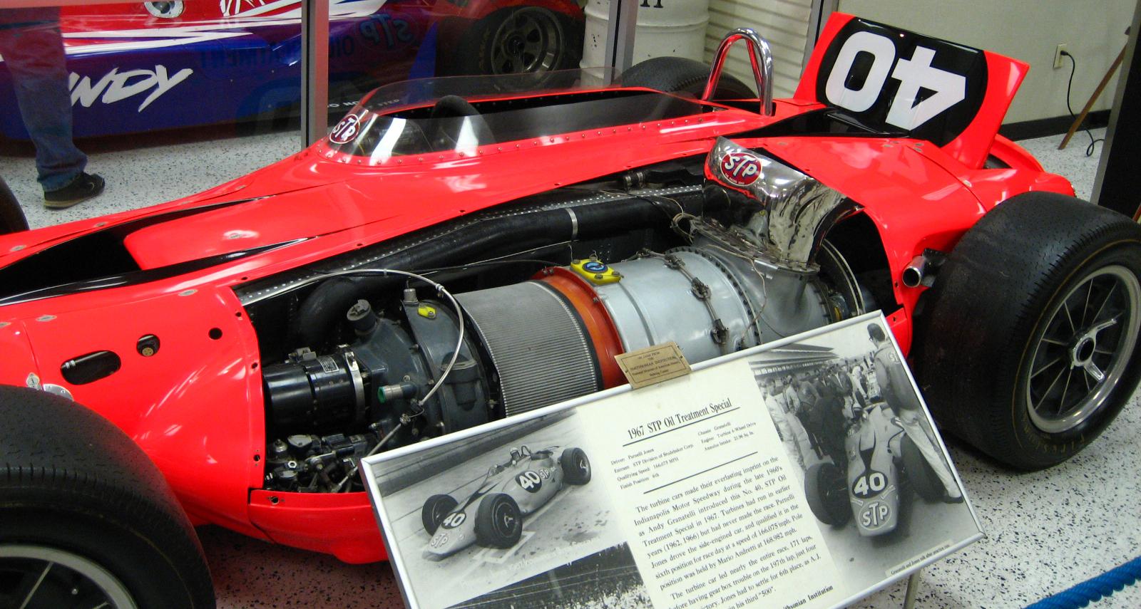 Chrysler gas turbine car