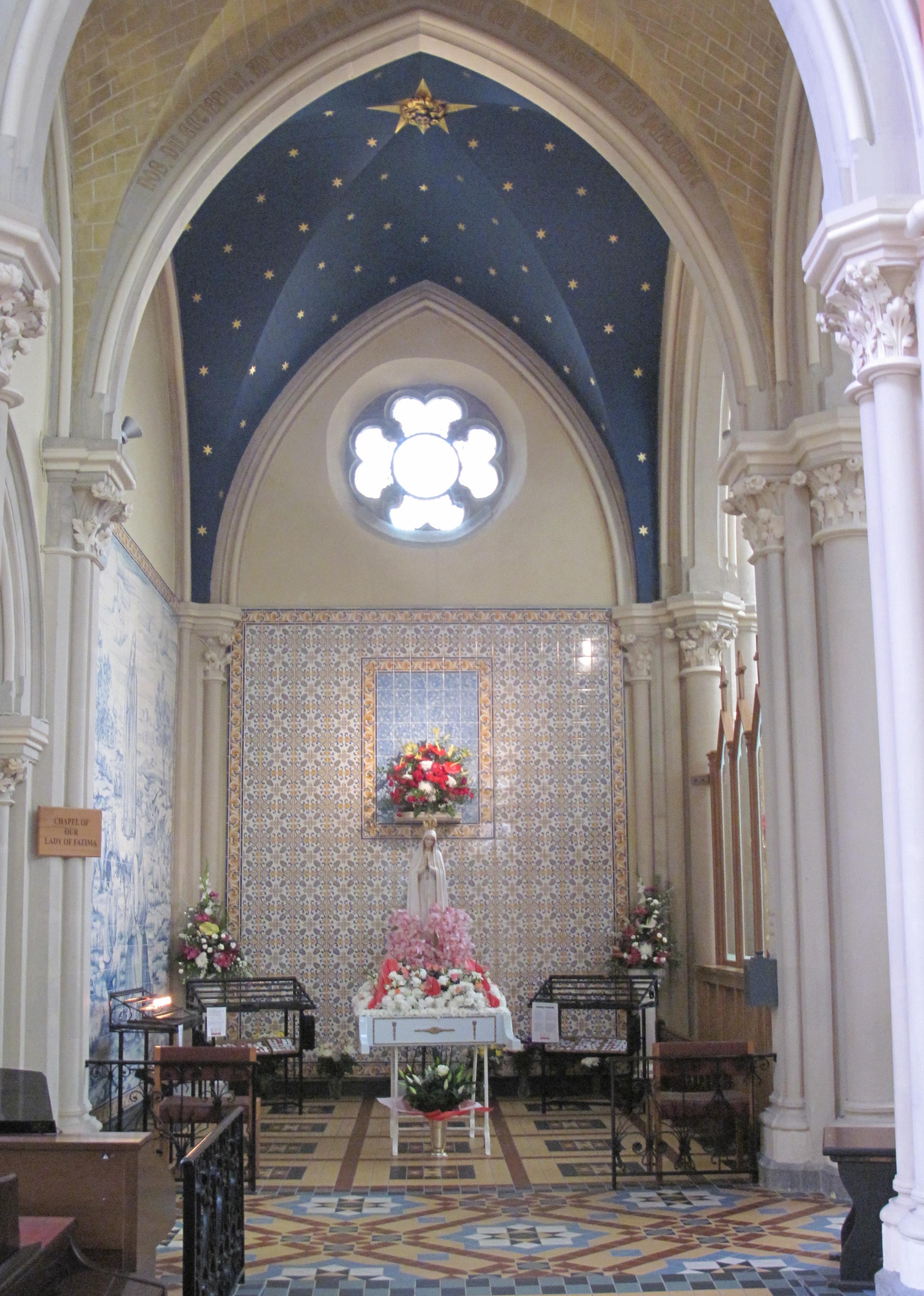 File:Saint Thomas Roman Catholic church Jersey 32.jpg - Wikimedia ...