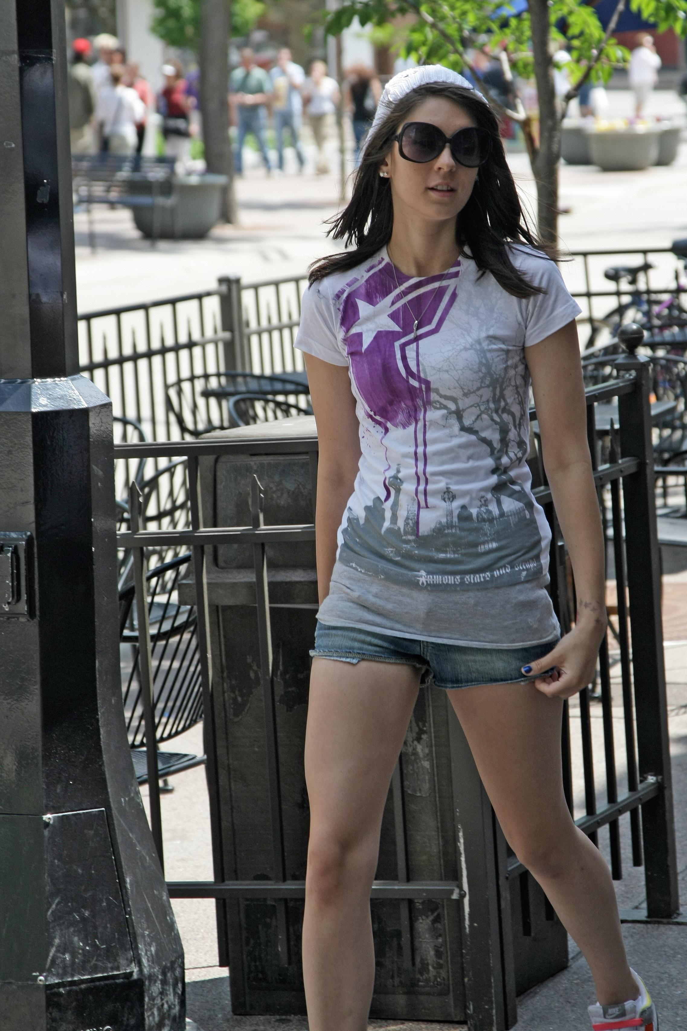 Street girls xxx pic 16