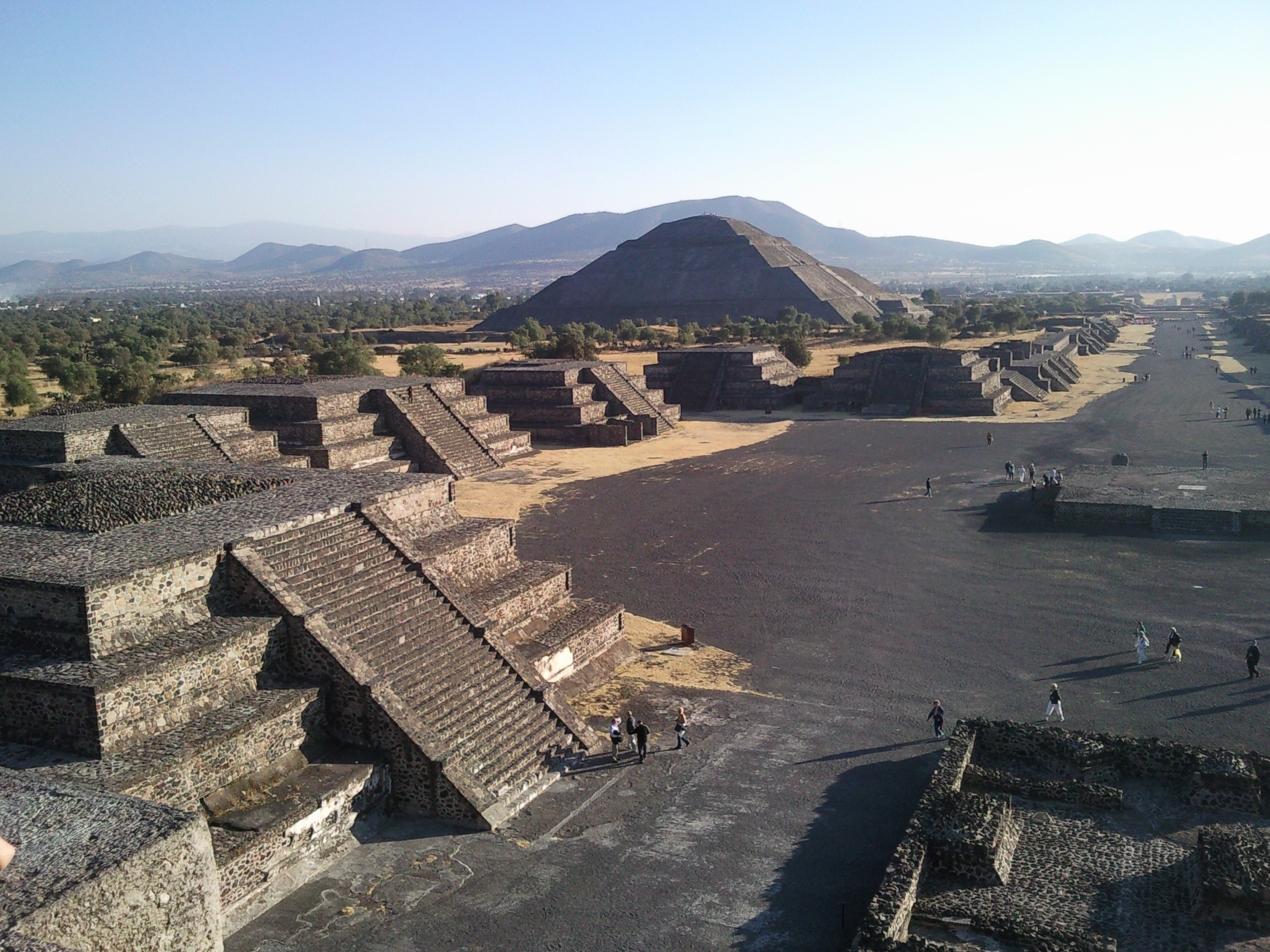 a history and description of teotihuacan History of the aztecs and the history of the maya and history of mesoamerican civilization there are wiki entries for mayan civilization , aztec , inca empire , mexica , mesoamerica (nice timeline included here very good article), andean civilizations.
