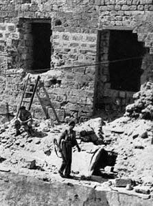 The Acre prison after the break, 1947
